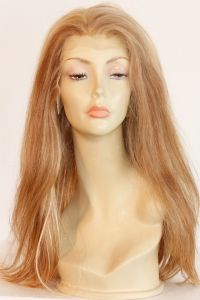 available for rent: sophisticated and charming blonde wig in human hair with lace front hair, very long